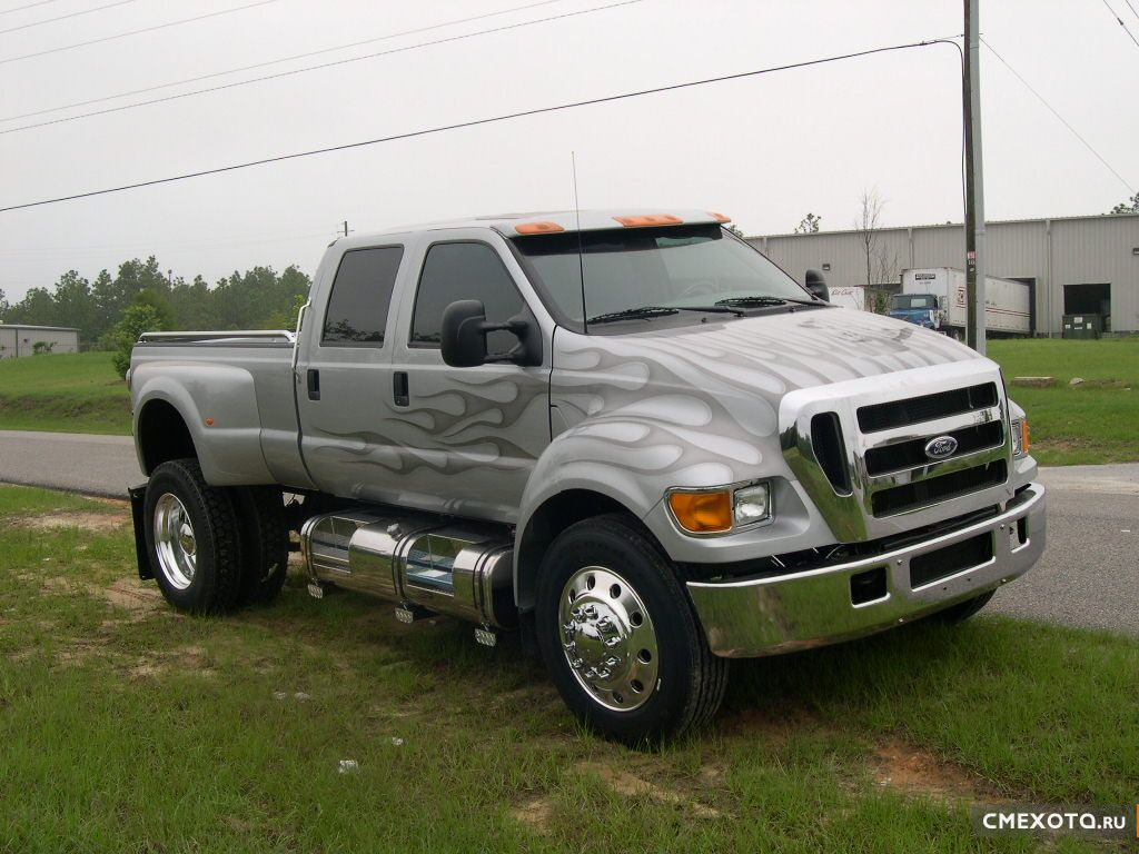 Ford F-650 (7 ����)