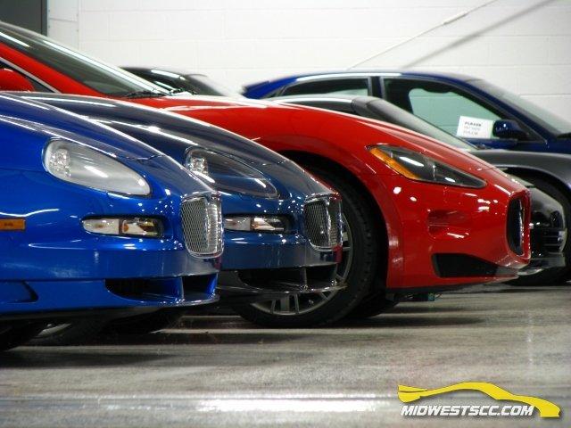 Частная коллекция спортивных автомобилей (93 фото)