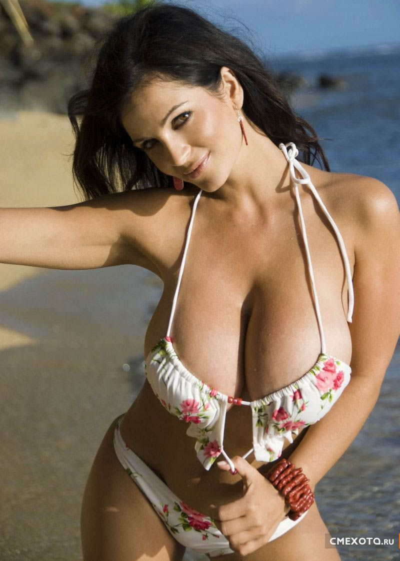 Фотографии Дениз Милани (Denise Milani) (10 HQ фото)