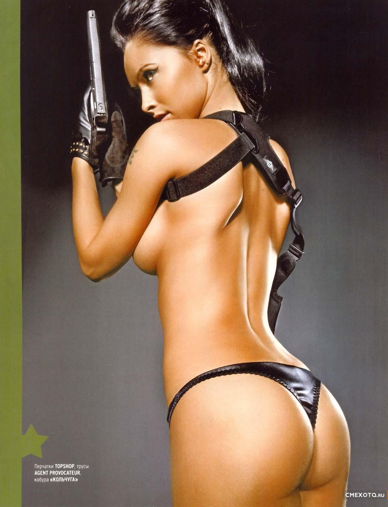 Эротические фото ведущие армейский магазин фото 288-255