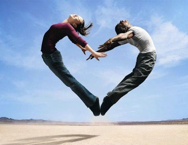 Cuando esta enamorado uno.. Ve las cosas asi!!