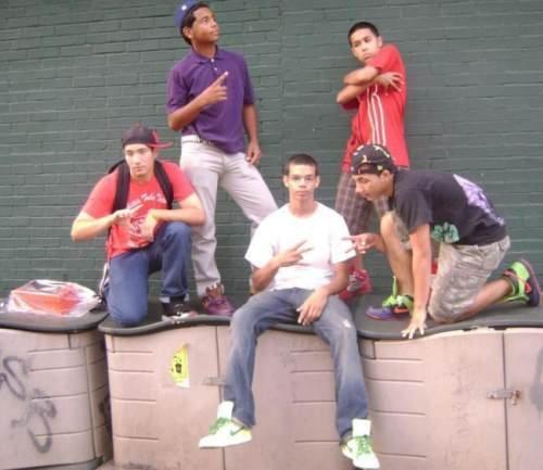 Гангстеры с интернет-банды MySpace (17 фото)