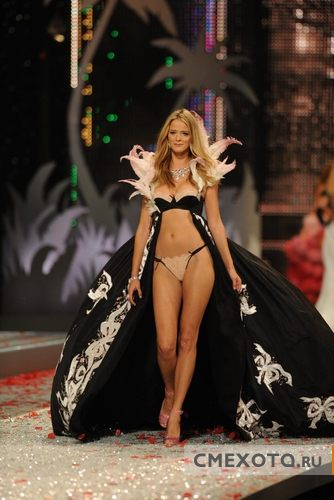 Фотоподборка Victoria Secret Fashion Show (20 фото плюс архив на 287 фото)